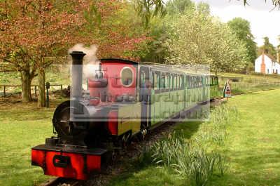 light guage railway beale park uk theme parks amusement tourist attractions leisure steam engine berkshire england english angleterre inghilterra inglaterra united kingdom british
