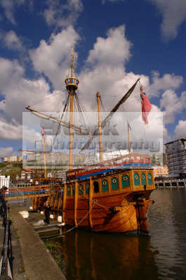 matthew bristol docks yachts yachting sailing sailboats boats marine misc. wooden explorer cabot avon england english angleterre inghilterra inglaterra united kingdom british